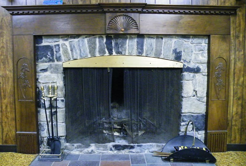 steven zdepski's fireplace in the baptistown baptist church