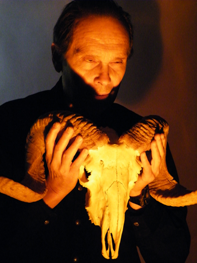 Zdepski's photo of Ted Lewin and Ram skull